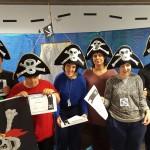 """Visita a la biblioteca per realitzar un taller sobre els """"Pirates"""""""