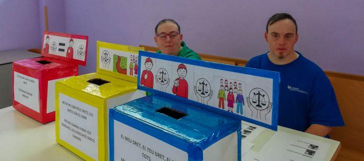 Votamos el slogan en defensa de nuestros derechos